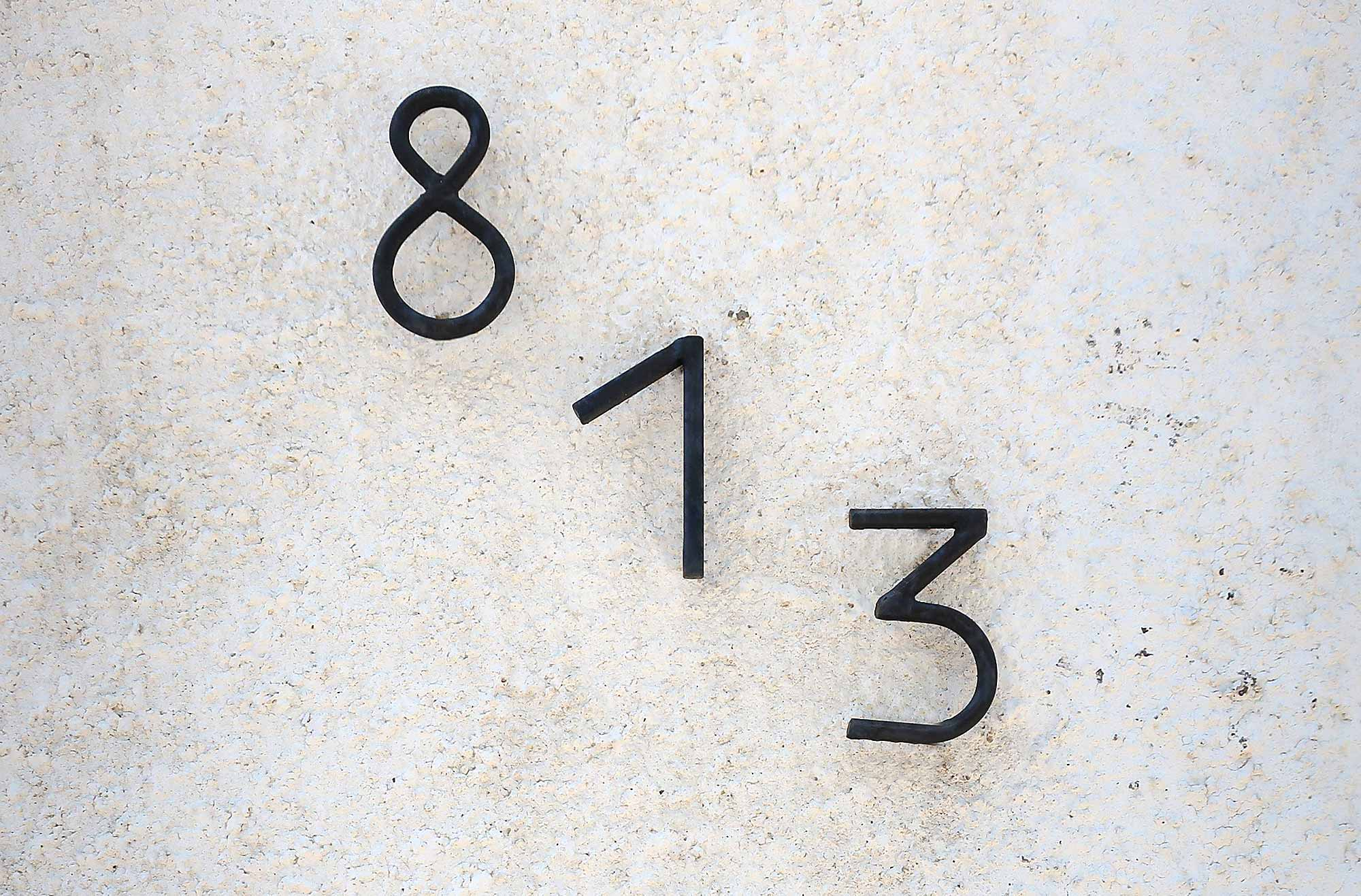 Interesting manner of writing numbers out of one metal, found in Limache Chile.